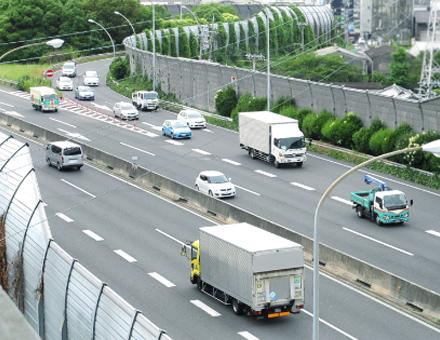 輸送計画による遅延のない輸送